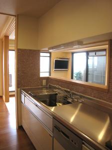 H-キッチン窓01