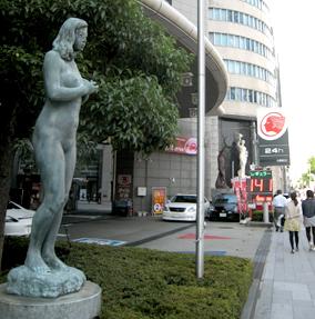 心斎橋新家ビル02