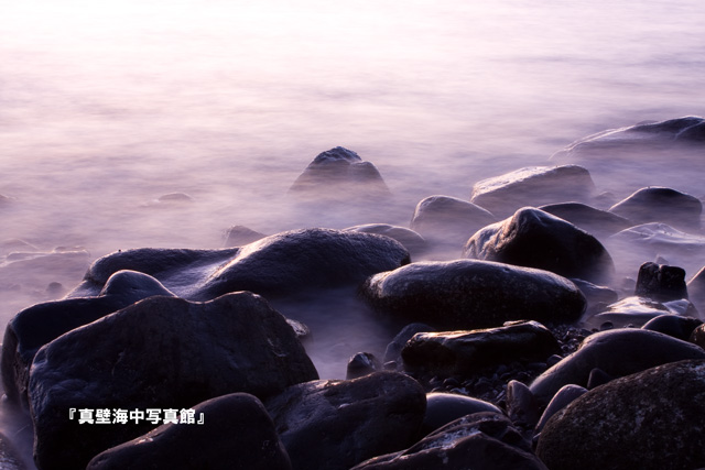 03-1★波打ち際101228_06