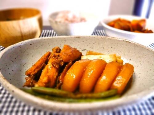 鶏の黒酢煮