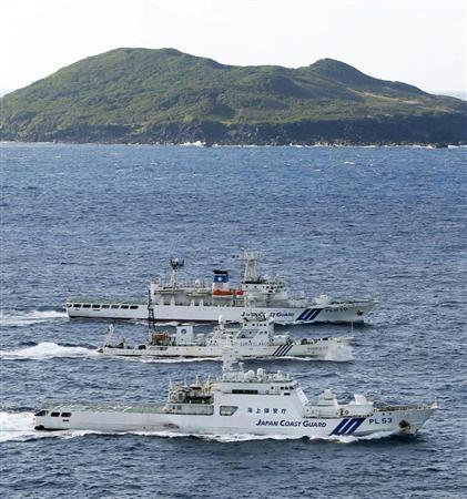 中国と海保の船