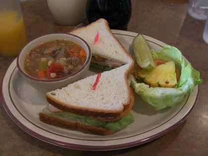 今日のスープ&サンドイッチ