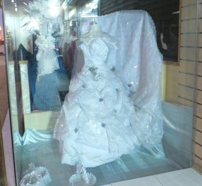 ドレス12052301