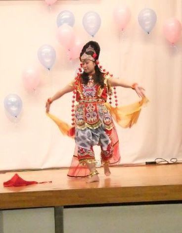 ンインドネシアのダンス2