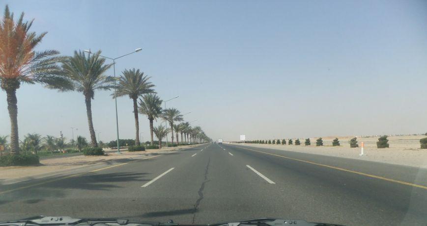 工業都市の道路