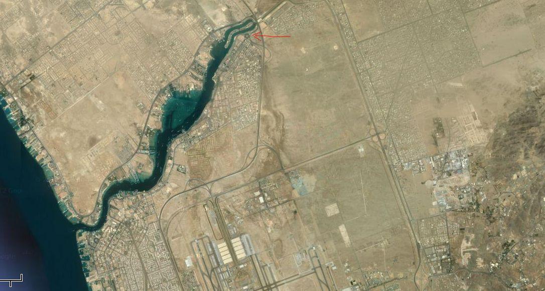 モニュメント巨大ラクダ衛星写真2