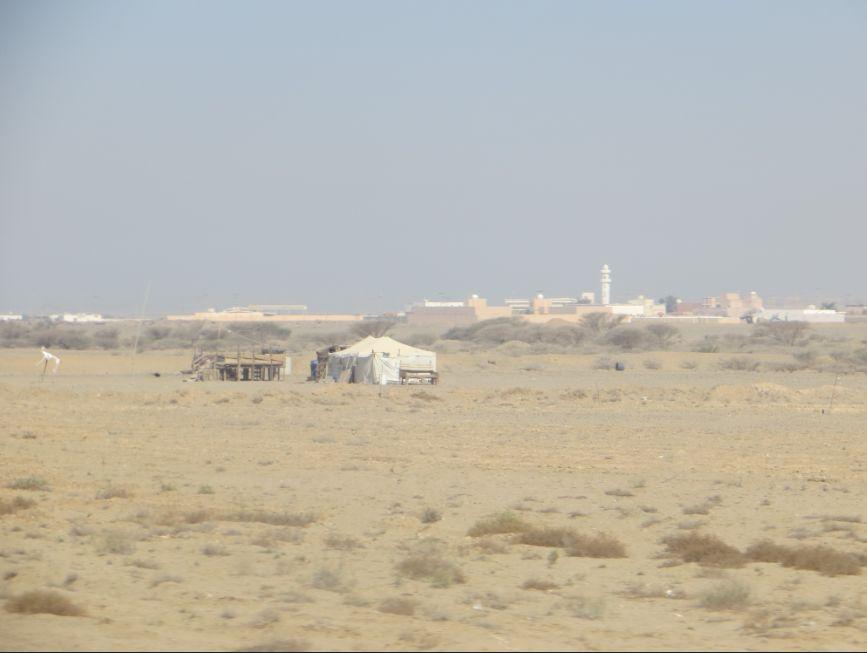 ドバクの中のテント