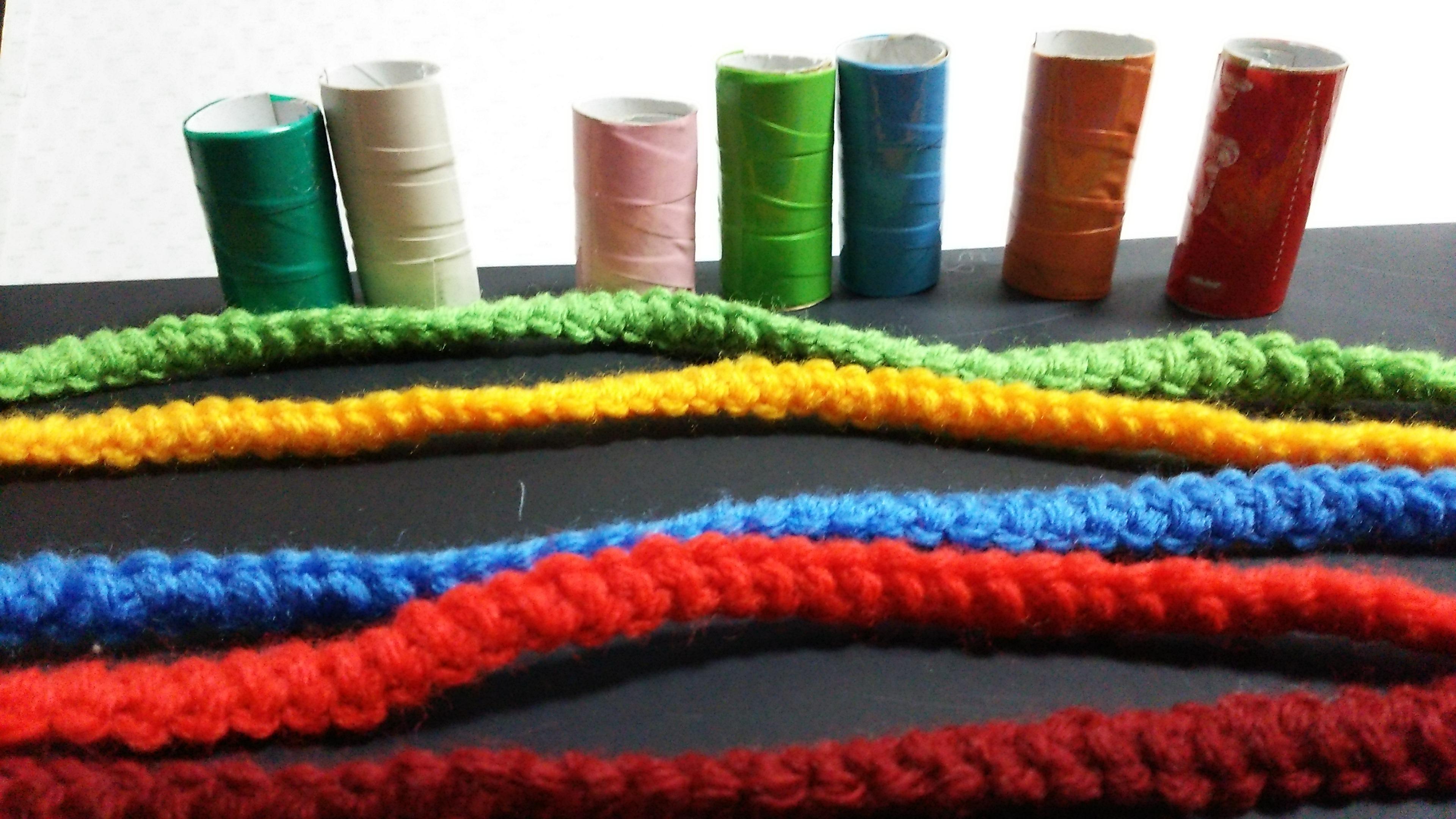 カラー紐(えび編み)と筒