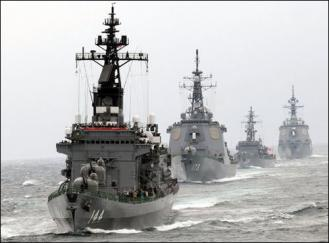 日本海上自衛隊09年10月25日舉行了3年一度的#38321;兵式
