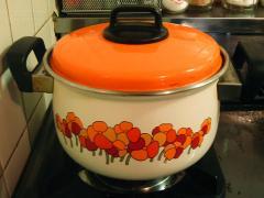 2010春中崎町オレンジ花柄鍋