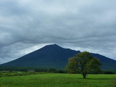 上坊牧野の岩手山01(2010.9.14)