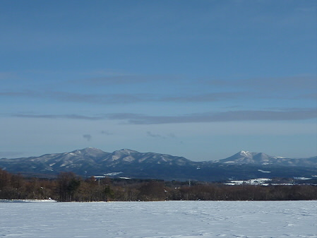 上坊牧野からの山並み(2011.1.26)
