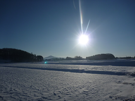 平笠の朝日01(2011.1.27)