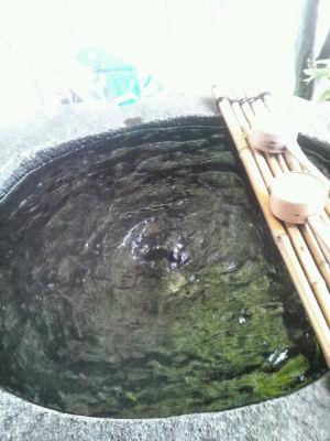 奈良下湧水