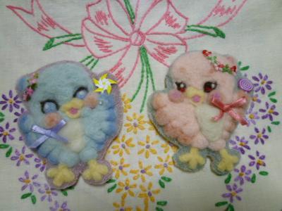 羊毛フェルト刺繍・小鳥ちゃん