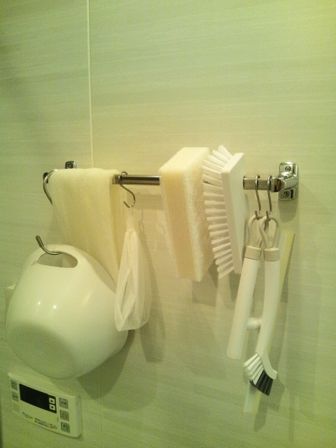 20120629bathroom.jpg