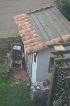 庭小屋塗り直し