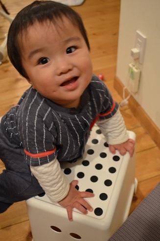 IKEA風呂椅子と次男