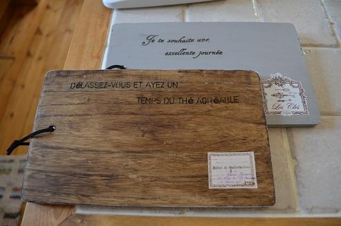 100均のまな板をカフェ風インテリアにリメイク♥