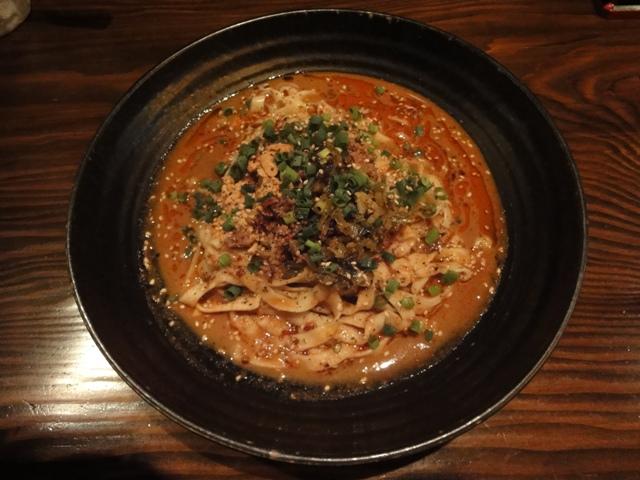 白胡麻 熱烈 担々麺