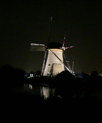 風車ライトアップ④