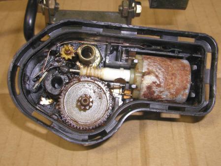 R129 ヘッドライト ワイパーモーター その2