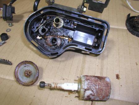 R129 ヘッドライト ワイパーモーター その6
