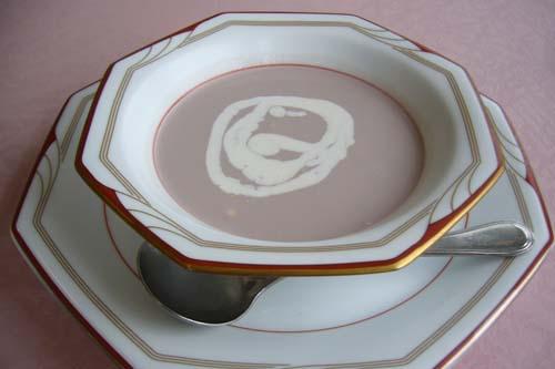 紫いもの冷製スープ