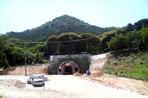 工事中のトンネル