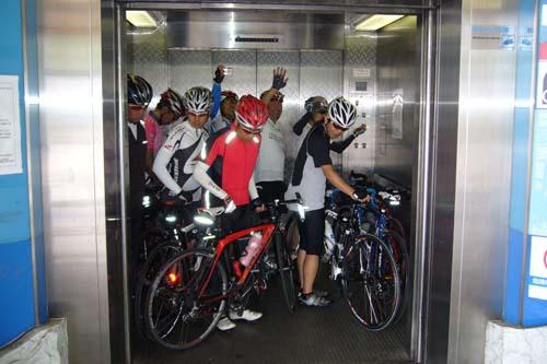 人道エレベーター