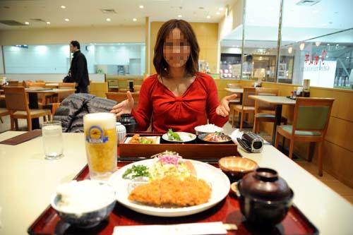 福岡空港での夕食