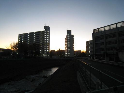 早朝の渋谷中学前