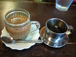 歩屋ベトナムコーヒー出来上がり