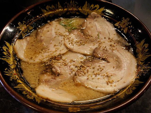 一竜_チャーシュー麺