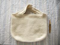 編みあがったバッグ
