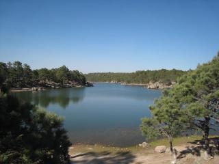 アラレコ湖