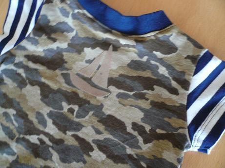 迷彩Tシャツフロッキー