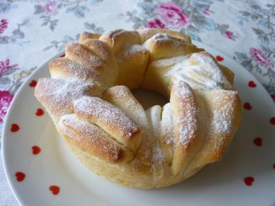 ミニ薔薇のパン