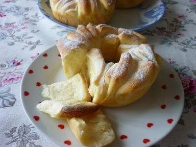 ミニ薔薇のパン~ひらひら