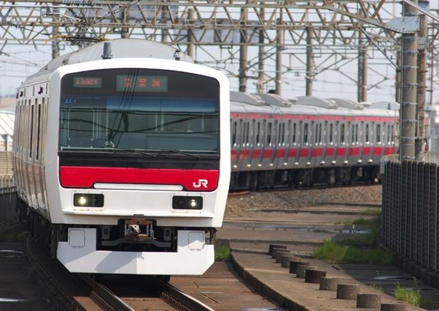 100424-JR-E-331-minamihunabashi-1.jpg