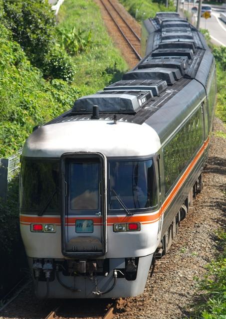 100525-JR-T-DC85k-nanki-1.jpg