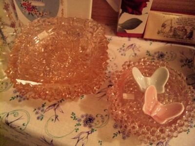 ピンクガラス皿小-2