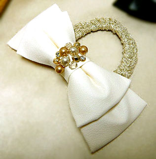 cloth-ribbon-cream1