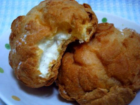 芳醇バニラのシュークリーム