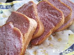 ムラサキイモのパン