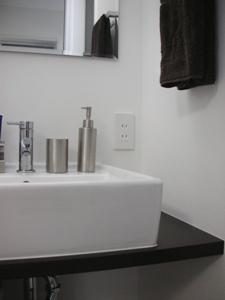 1F washroom 2
