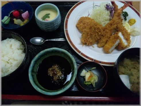 夕飯・カツ定食