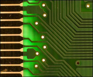 基盤 マイクロチップ