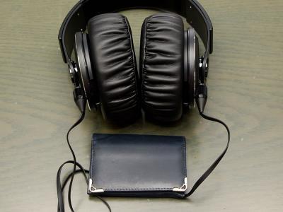 ソニー XB1000