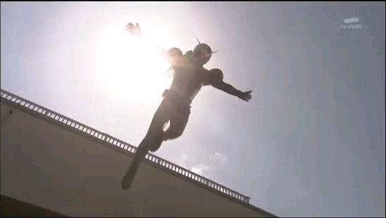 飛び降り変身